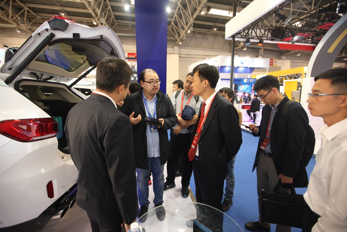 AutoBrain Showcased HWP Autonomous Driving System for Mass Production_展览会